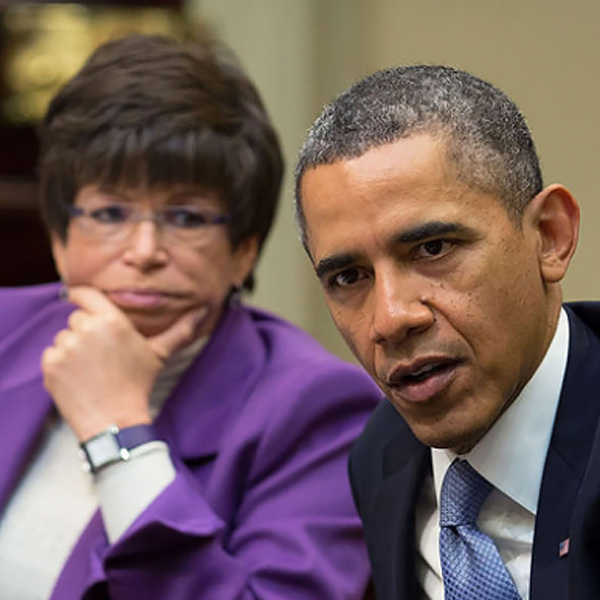 pic_related_100314_SM_Barack-Obama-Valerie-Jarrett